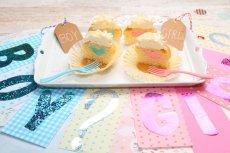 Photo2: Gender Reveal Cupcakes Box (2)