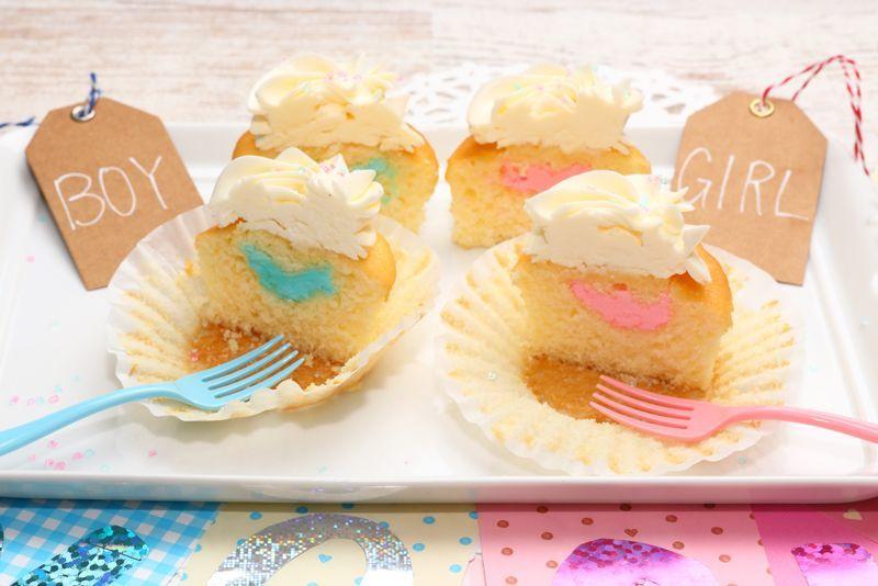 Photo1: Gender Reveal Cupcakes Box (1)